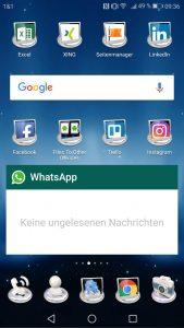 Michael Kleina Social Media Smartphone 169x300 - Endlich sichtbar in Facebook, Twitter und Co.
