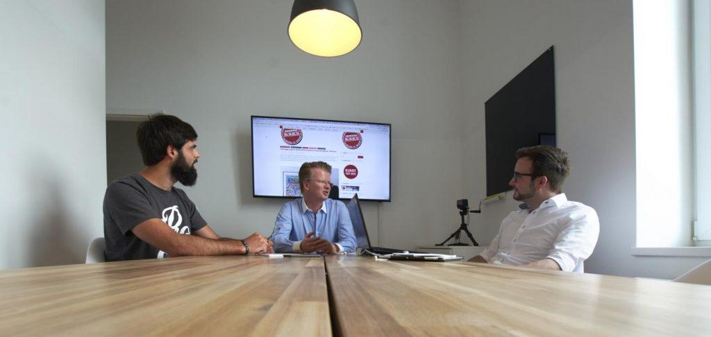Michael Kleina Digital Sichtbar 2018 Meeting Ziele Gruene Wiese 1024x486 - Positionierung - denn ein Bild sagt mehr als 1.000 Worte