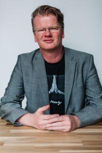 Stephane Etrillard Verantwortung Tragen Michael Kleina Buch 200x300 - Mein Weg: Verantwortung tragen auch mit digitaler Sichtbarkeit